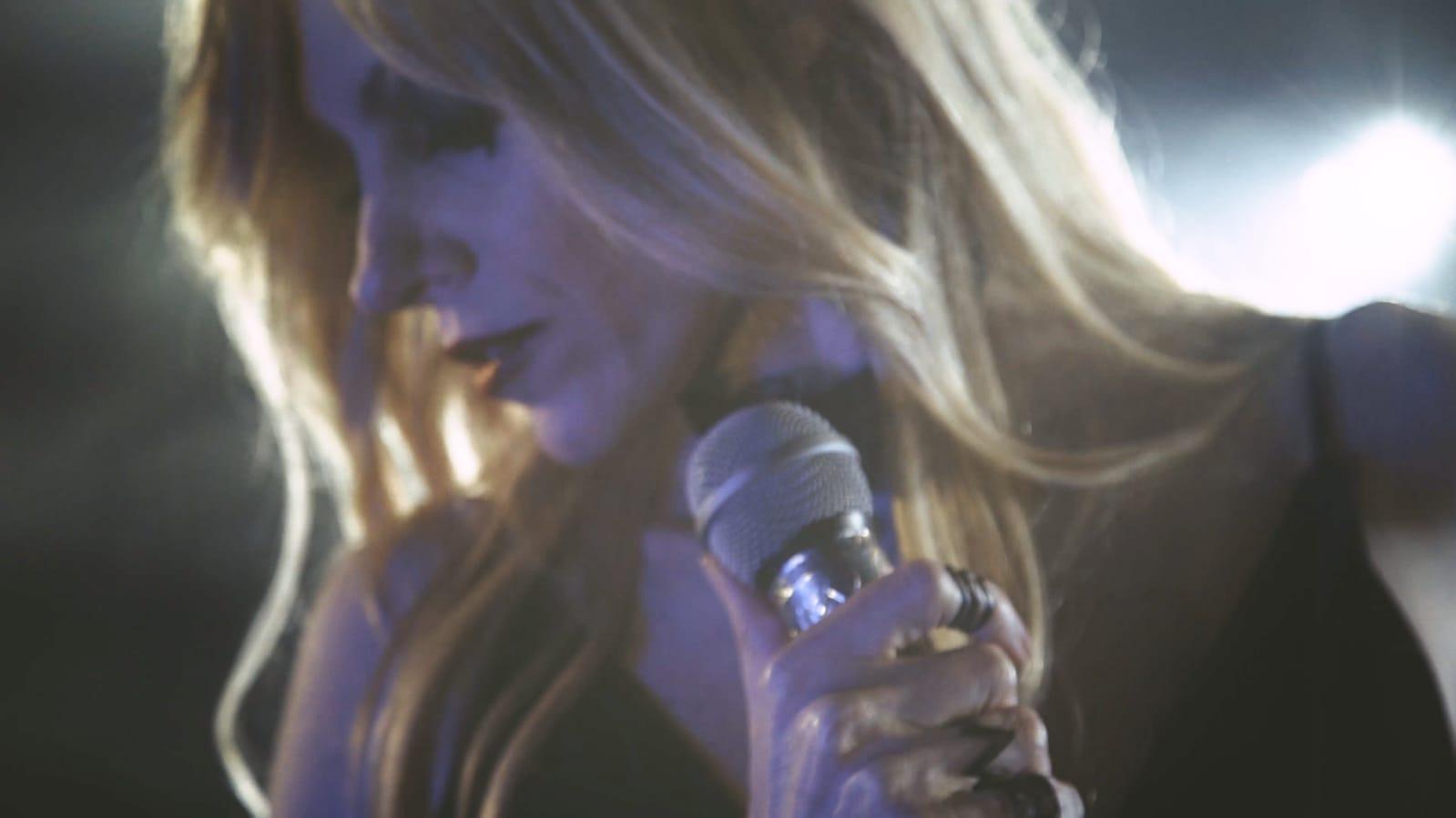 Ülkü Aşaröz'ün son single parçası Hesapta Aşk